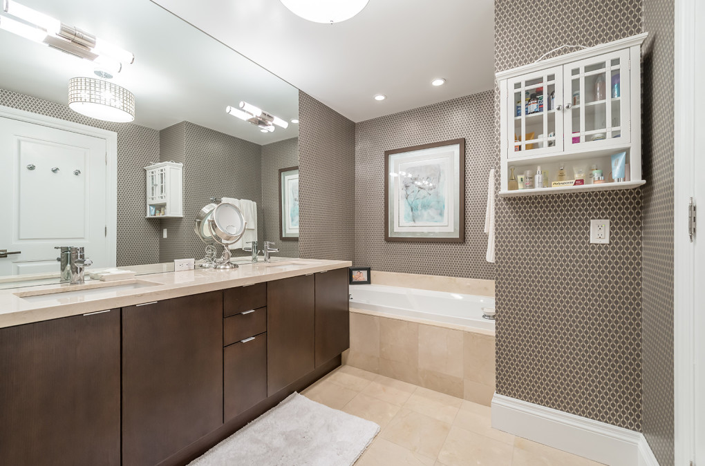 bathroom remodeling in Toronto