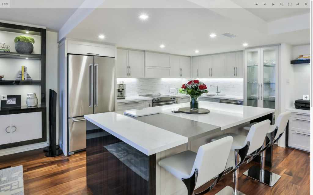 3900 Yonge custom kitchen